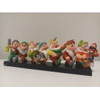 Enesco : Disney by Britto - Seven Dwarfs on Log