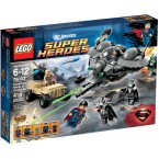 LEGO DC Super Heroes 76003 Superman: Battle of Smallville