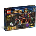 LEGO DC Super Heroes 6857 The Dynamic Duo Funhouse Escape